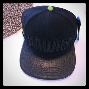 Accessories - NWT men's Atlanta Hawks Leather Hat